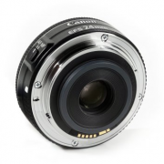 canon-ef-s-24mm-f2-8-stm-2