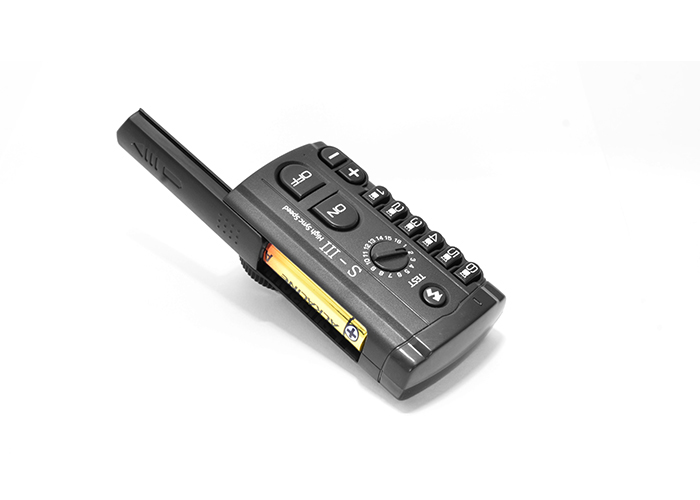 Радиосинхронизатор студийный Hyundae Photonics Swing III (передатчик)