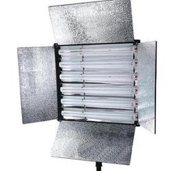Постоянный флуоресцентный горизонтальный свет панель
