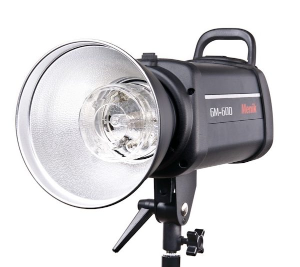 Вспышка студийная Menik GM-1000 (1000 Дж) Рефлектор в комплекте